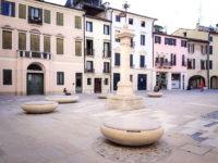 mobilier urbain assise personnalisé ville de Treviso