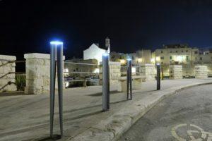 street-furniture-bollard-LAB23
