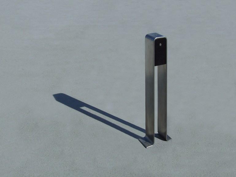 street-furniture-ashtray-LAB23
