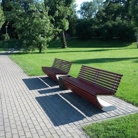 Bench panchina in ferro e legno arredo urbano LAB23 RUSSIA