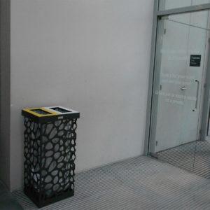 arredo urbano cestino porta rifiuti LAB23 Museo de l'orangerie Francia