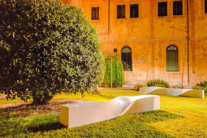 Collezione S - S bench 3 mt - Evento in Treviso - arredo urbano LAB23