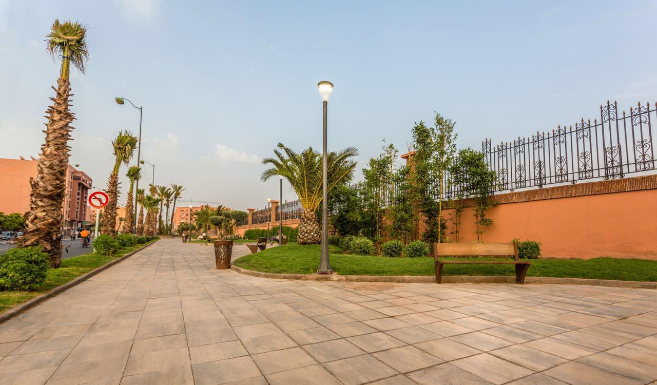 Clasico panchina arredo urbano LAB23 - Marrakech, Marocco