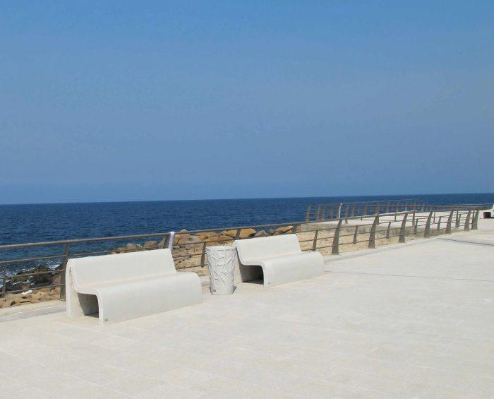 mobilier urbain banc et corbeilles LAB23 - Corniche Jeddah Arabie Saoudite