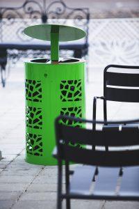 mobilier urbain corbeilles avec protege pluie LAB23 - IKANO MALL Suède