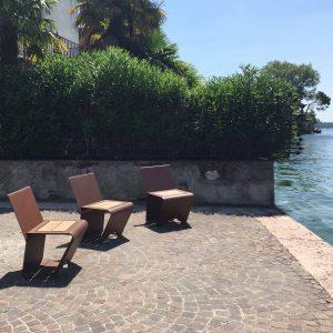 mobilier urbain fauteuils LAB23 - LAZISE LAGO DI GARDA ITALIE