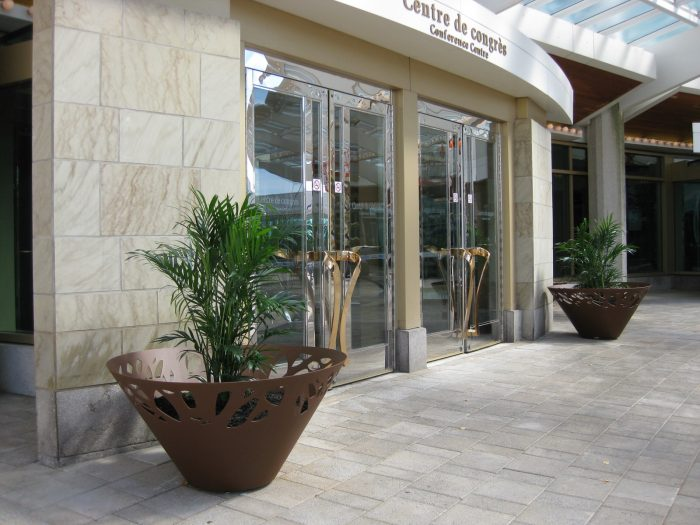 mobilier urbain jardinieres LAB23 - Hotel Hilton Canada